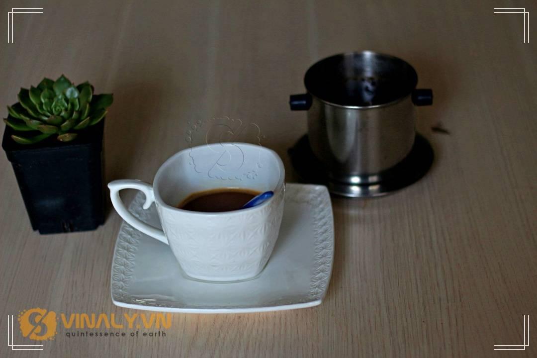 ly-su-vinaly-ly-su-cafe-buoi-sang