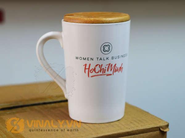 Ly sứ trắng vát men mát 420 ml in chữ Women talk business HoChiMinh