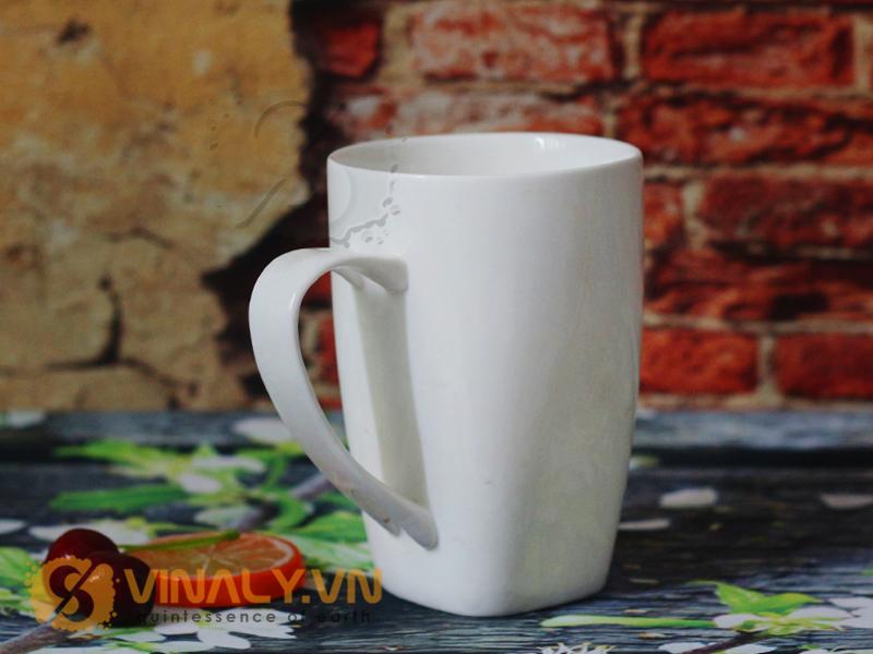 Dòng sản phẩm ly sứ trắng bầu đáy vuông độc đáo mang tới con gió mới cho khách hàng tại  Vinaly