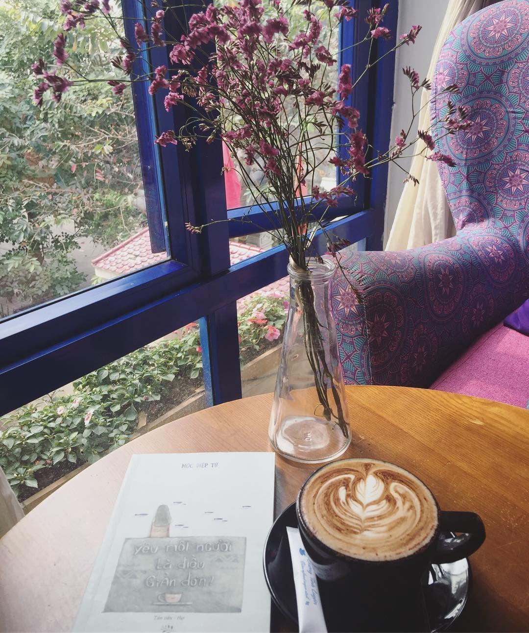 Ly cappuccino mang phong cách riêng của quán cafe