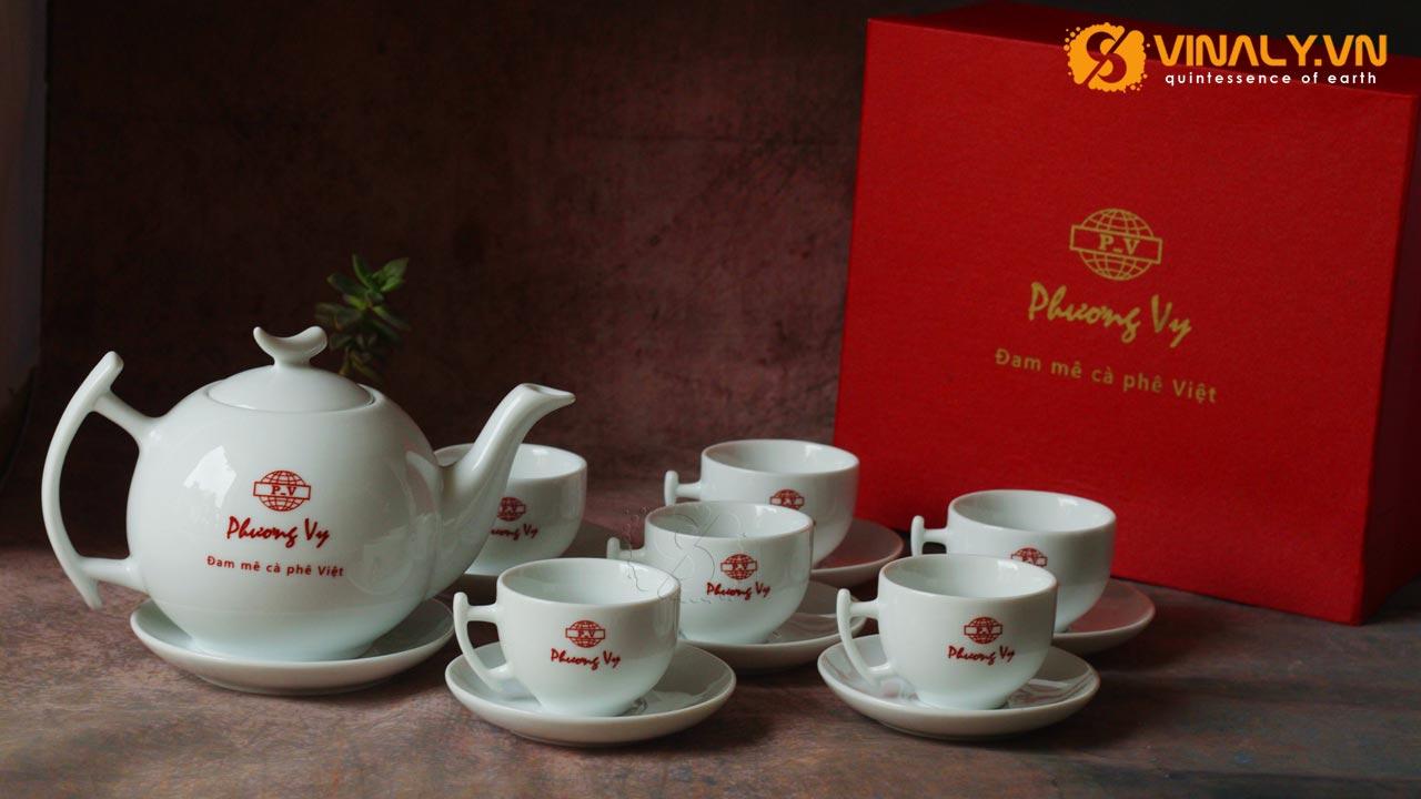 In logo lên bộ ấm trà làm quà tặng doanh nghiệp