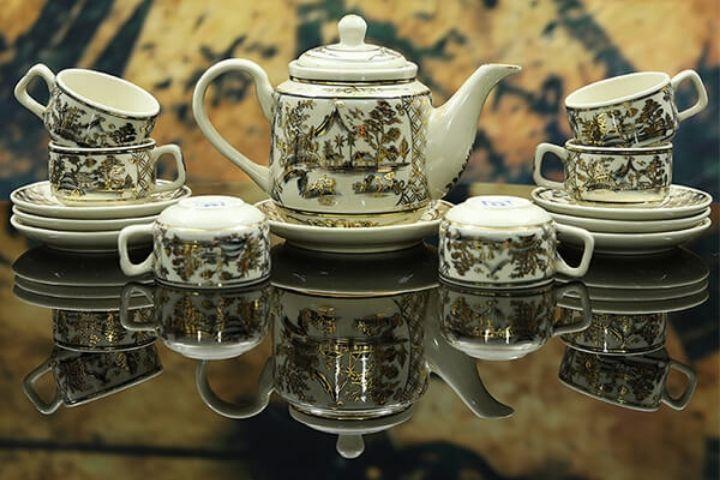 Bình trà sứ trắng