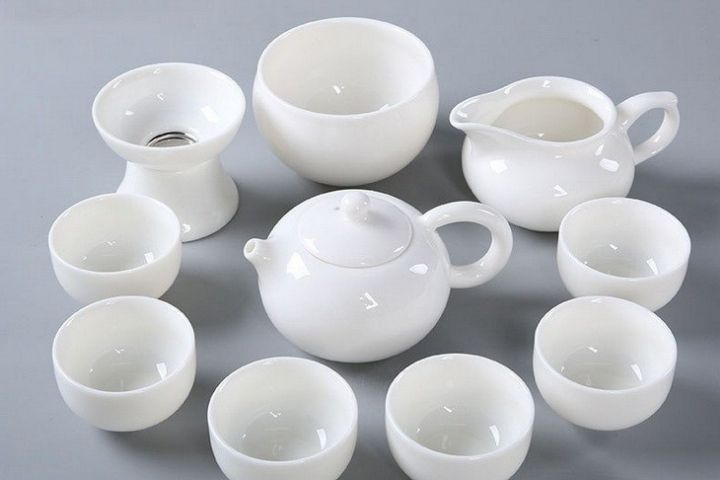 Bộ tách trà gốm sứ