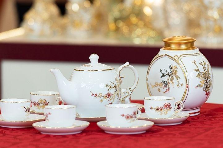 Bộ tách trà bằng sứ